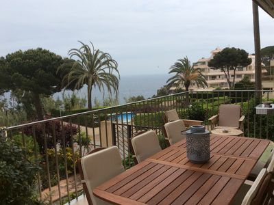 Spacious apartment with beautiful view of the sea