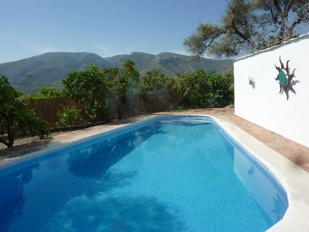 Rural Bliss, 5 Min Walk To Town, Private Pool... - VRBO