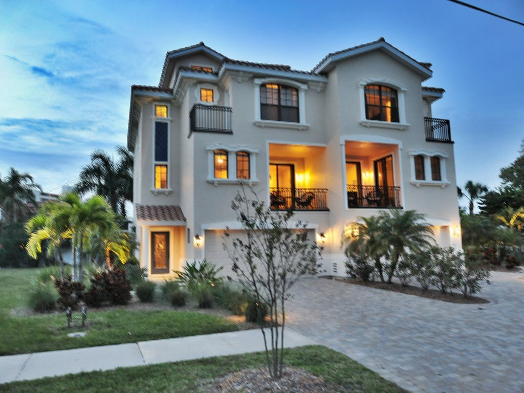 The blue serenity steps to the beach homeaway siesta key - Two story holiday homes ...