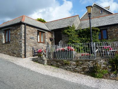 Barn in quiet hamlet of Treknow in walking distance of coastal path and beach