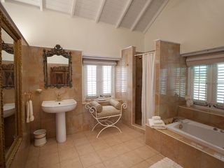 Curacao estate photo - Royal Bath