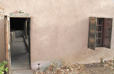 Taos estate rental - Come in through the Courtyard