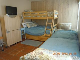 Del Mar condo photo - bunk bed bedroom showing nice comfy bed coverings