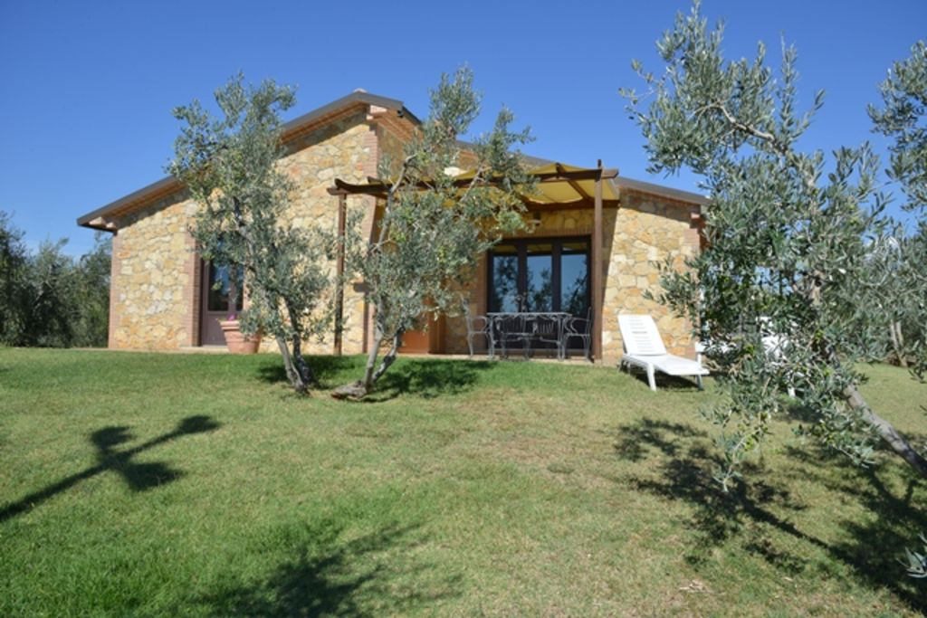 House of 100 square meters stone 6 beds garden 499680 - House and garden onsquare meters ...
