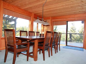 Dining room. Seats up to 12.