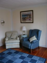Hyannis - Hyannisport house photo - Reading nook in living room