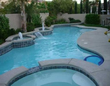 60 Ft Custom Lap Pool, Jacuzzi, BBQ with Fridge
