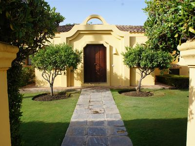 Sotogrande house rental - The Entrance to Sotogrande