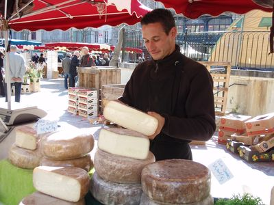 Carcassonne City apartment rental - Market Day, Place Carnot - cheese stall