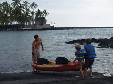 Kealakekua Bay's a great place to snorkel & kayak. Note City of Refuge nearby