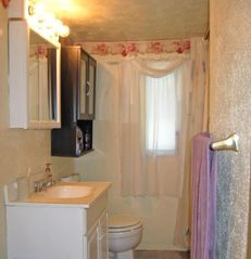 Hyannis - Hyannisport house photo - Nice clean & bright bathroom..