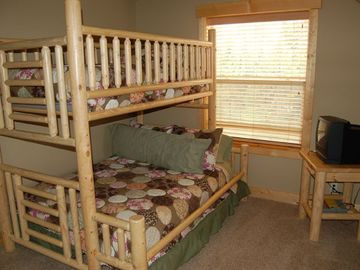 Kid's room with a double twin bunk