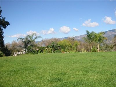 Carpinteria house rental - Spacious back yard on one acre property