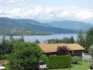Shuswap Lake townhome photo - a gorgeous summer day in the Shuswap