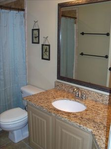 Beautiful Master Bath with Spacious Granite Counter Top