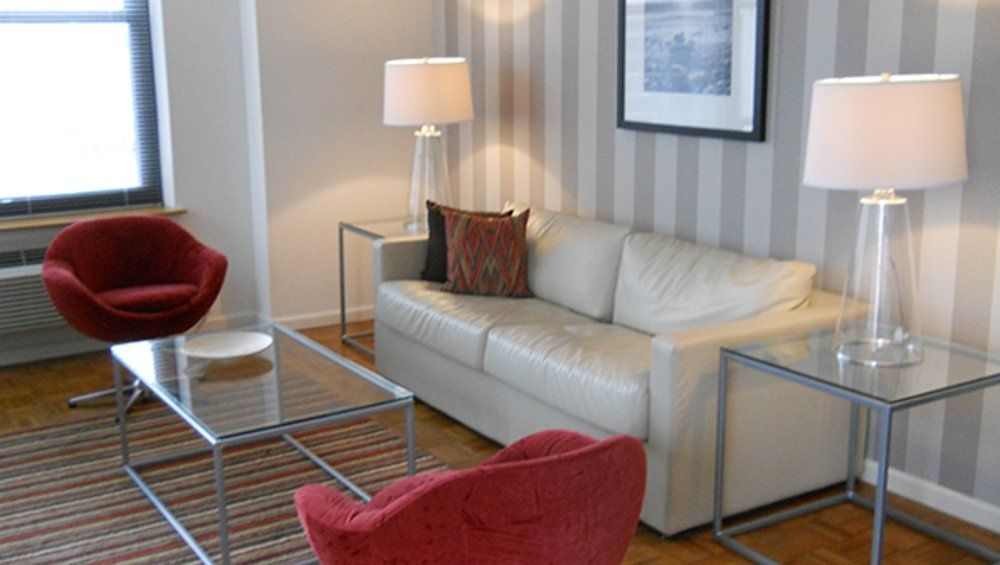 1 Bedroom Deluxe Nyc Apartments Directory