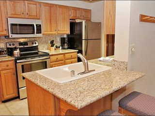Steamboat Springs condo photo - Fully Equipped Kitchen with Granite & Stainless Steel