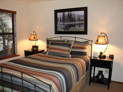 """Mountain Getaway"" Queen bed, two large windows, closet and dresser."