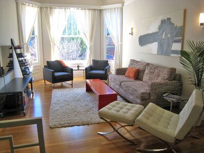 San Francisco apartment rental - Spacious great room with beautiful daylight.