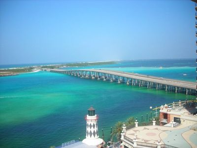 Palms of Destin condo rental - Georgous emerald green waters at Crab Island. Rent a Pontoon and enjoy the day!