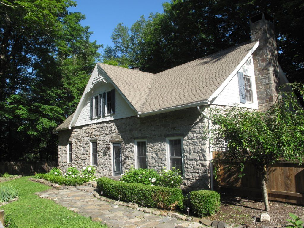 1796 Stone Farmhouse on 15 Acres Boarding VRBO