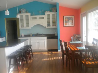 Fun colors make the kitchen and dining area inviting for all guests!