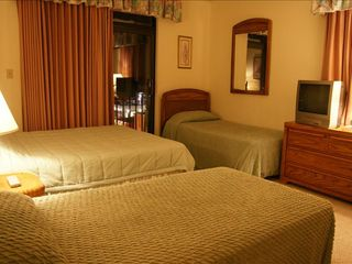 Virginia Beach condo photo - Bedroom 2, with large soaking tub