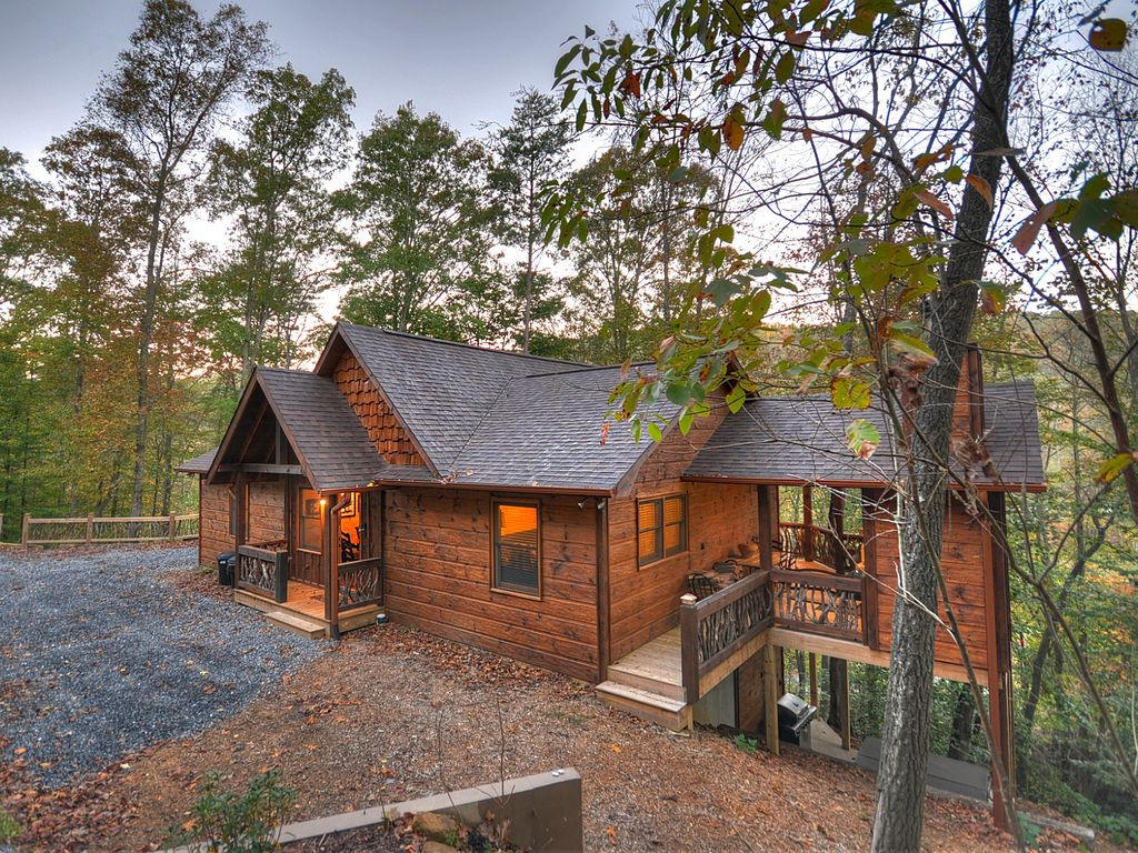North georgia cabin rental with waterfall vrbo for North ga cabin rentals cheap