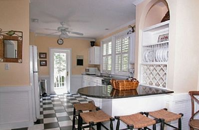 Fur, Fins and Feathers - Kitchen - Cottage Rental Agency