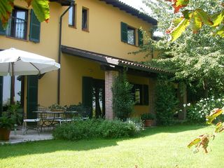 Asti villa photo