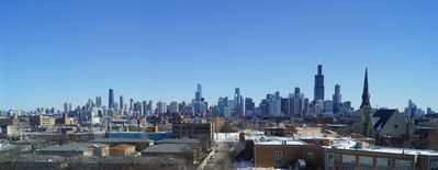Amazing Views of the Chicago Skyline from this Luxury Condo