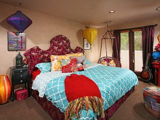 Beverly Hills house photo - Mardi Gras Bedroom