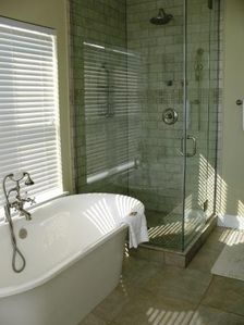 Miramar Beach house rental - Master Bath