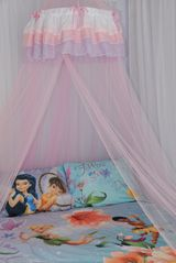 Encantada Resort townhome photo - A dreamy pink canopy, dress up clothes and toys