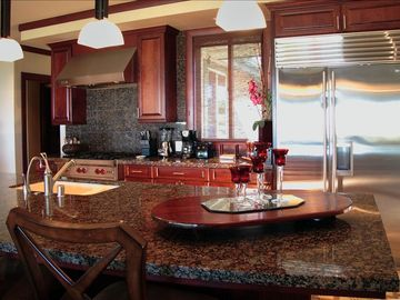Breakfast Bar- Top of the line appliances, cabinets, countertops