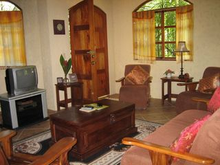 Manuel Antonio house photo - Comfortable living room