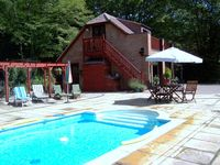 Studio apartment, covered heated pool with hot tub new for 2013