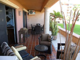 San Jose del Cabo condo photo - Extra Large Patio with Conversation Area and Dining Table for Six!