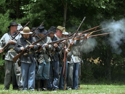 At Franklin's Annual Folk Festival, Civil War Re-enacters Arrive & Set Up Camp.