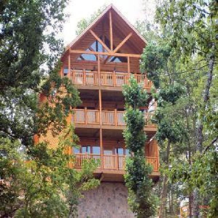 Wet N 39 Wild 2 Bedroom With A Private Indoor Homeaway Pigeon Forge