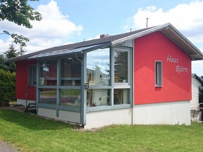 Holiday home in the Thuringian Forest with woodstove, conservatory and a unique view