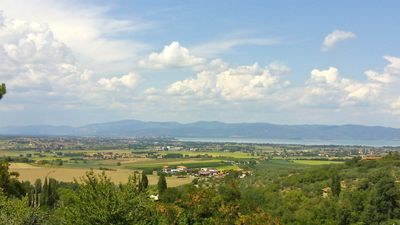 Paciano apartment rental - View of Lake Trasimino