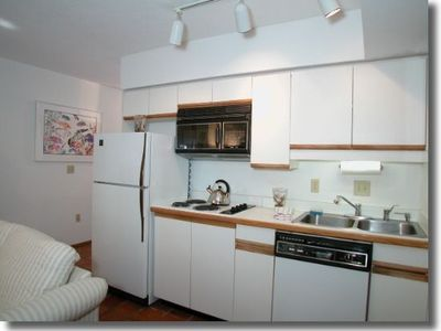 Siesta Key apartment rental - Fully equipped kitchen even has a toaster oven
