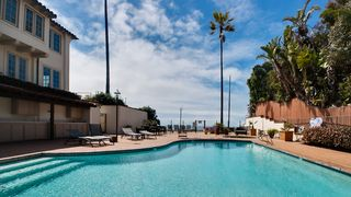 Encinitas condo photo - Pool area