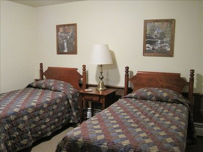 Killington house rental - Twin Bedroom