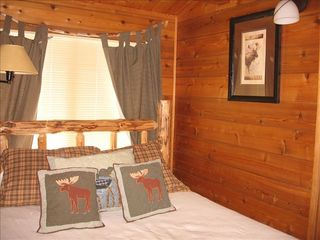 Homewood cabin photo - Second Bedroom with Queen Bed