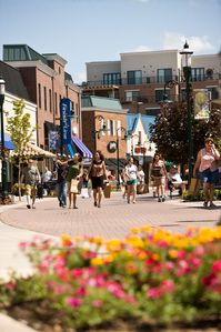 Shop, dine and live shows in town and at the landing. Photo courtesy BCC.