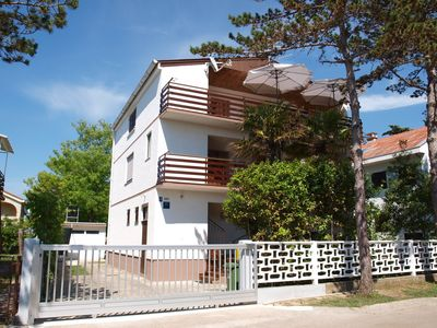 Holiday apartment with terrace and air conditioning