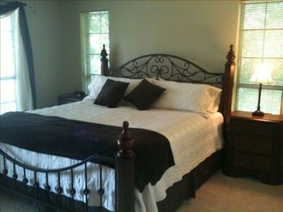 Cedar Creek Lake house photo - Master Bedroom Lakeside