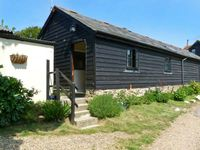 SYCAMORES BARN, pet friendly, with open fire in Brighstone, Ref 26199